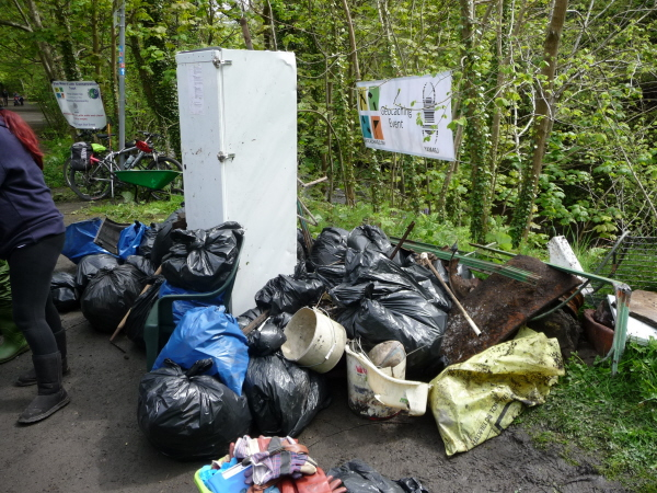 The rubbish collection